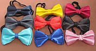 Детский галстук-бабочка на резинке однотонный