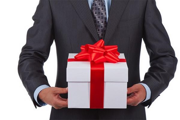 Подарки нашим клиентам!