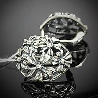 Серебряные серьги с орнаментом в виде цветов