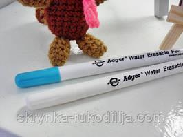 Маркер для малювання по темних тканинах (змивається водою)