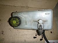Бачок главного тормозного цилиндра Renault Trafic 01-07 (Рено Трафик), 32067008