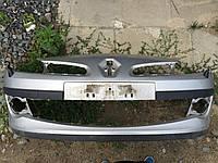 Передний бампер Renault Clio 05-12