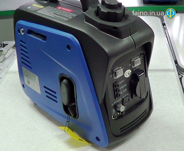 Weekender 950 генератор инверторного типа