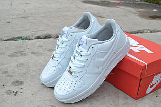 Женские (подростковые) кроссовки Nike Air Force белые