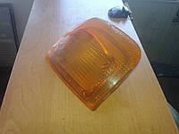 Указатель поворота старого образца возле фары поворотник желтый Газель Соболь ГАЗ 2217 2705 3221 2310 2752 330