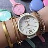 Яркие женские часы GENEVA  Женева. Белые