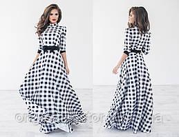 Длинное платье в черно-белую клеточку