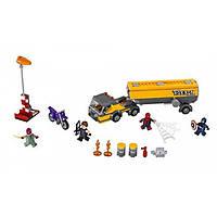 LEGO Супер герои Нападение на бензовоз Marvel Super Heroes Tanker Truck Takedown 76067