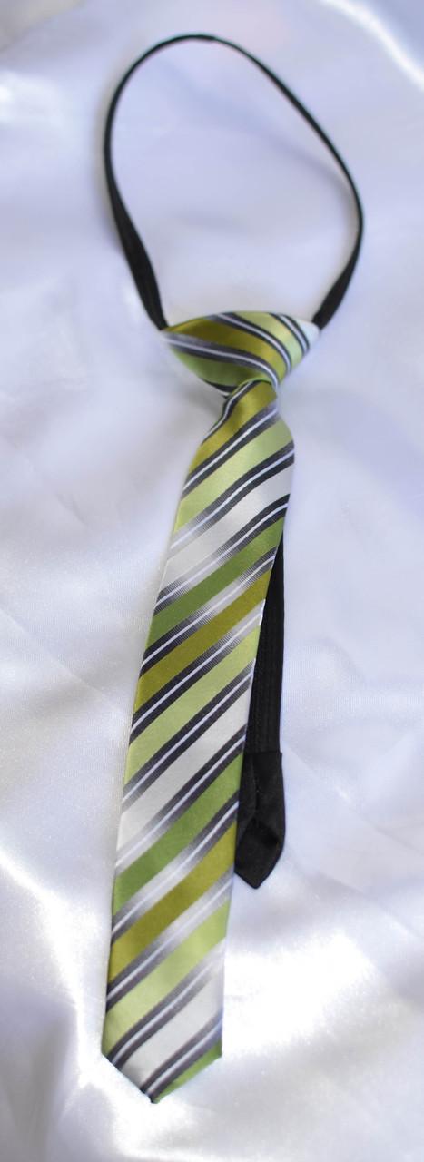 Детский галстук в полоску