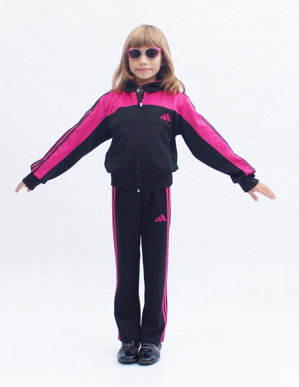 Спортивний костюм на замовлення для дітей з яскравою вставкою та капюшоном