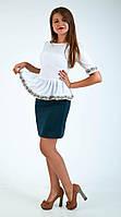Забавная блуза-баска с вышевкой