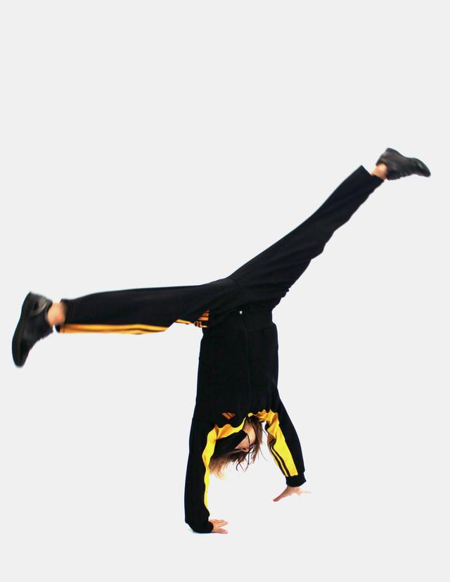 спортивный костюм для девочек и мальчиков - желтый верх - гимнастическое колесо - фото teens.ua