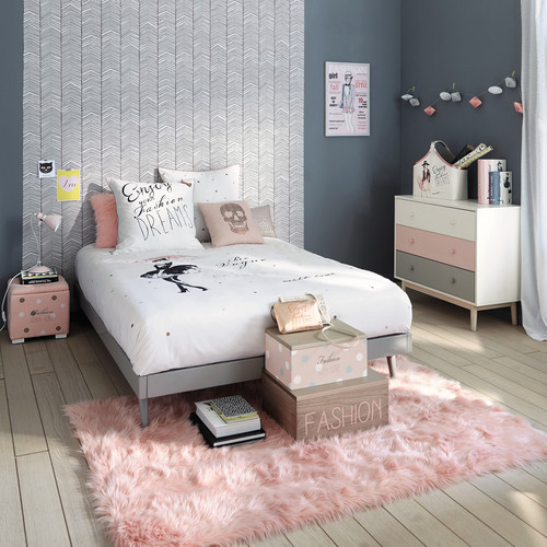 Детская комната Бонни