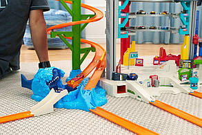 Трек Хот Вилс Ультиматум Легендарный Гараж-парковка 3 в 1 Hot Wheels Ultimate Garage, фото 2