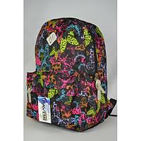 Черный рюкзак с бабочками