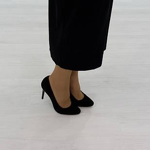Элегантные туфли лодочки 38 размер из натуральной замши Woman's heel черные на шпильке