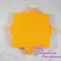 Праздничные салфетки жёлтые