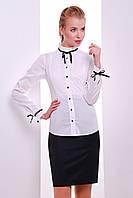 Белая нарядная блузка с бантиками
