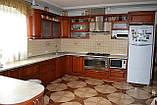 Мебель в кухню из натурального дерева на заказ, фото 3