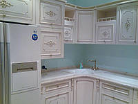 Белая кухня из массива дерева , фото 1