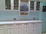 Белая кухня из массива дерева под заказ, фото 2