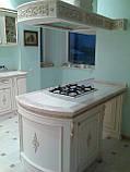 Белая кухня из массива дерева под заказ, фото 3