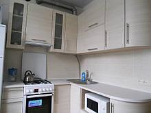 Кухня с радиусными фасадами из МДФ, белая кухня