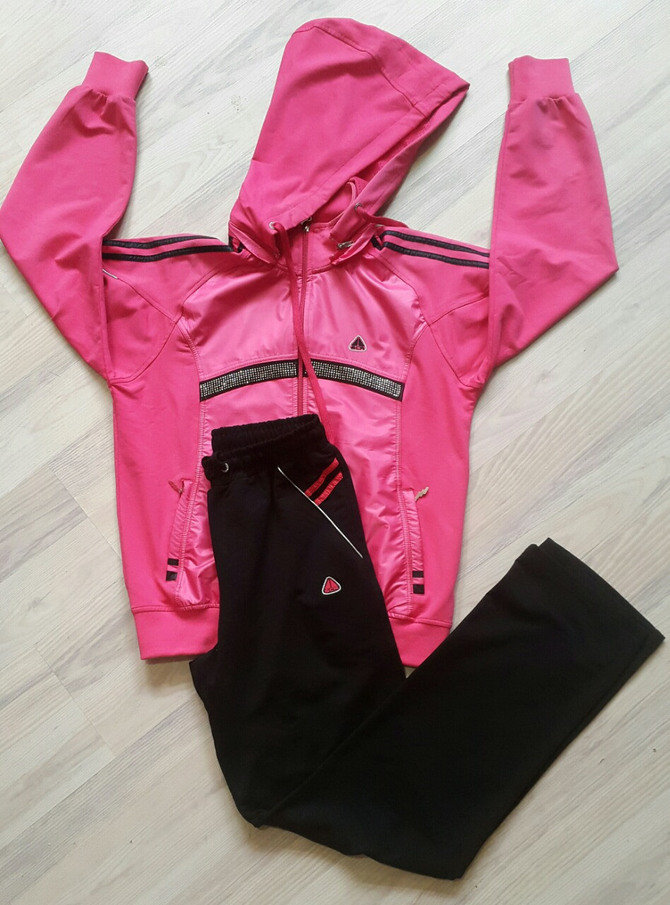 78dcc4b762c2 Женский спортивный костюм фирмы SOCCER - Интернет-магазин