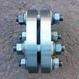 Изолирующее фланцевое соединение газопровода