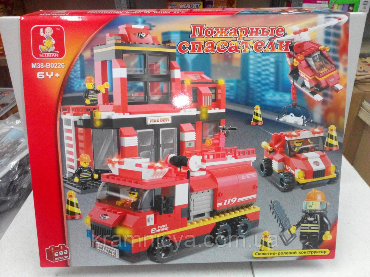 """Конструктор """"Пожарные спасатели"""", 693 детали, SLUBAN M38-B0226R"""