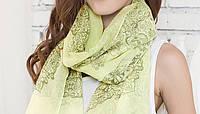 Стильный легкий женский шарф с принтом салатового цвета