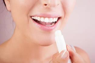 Гигиенические помады и бальзамы для губ