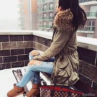 Куртка -парка с мехом енот на воротнике и накладными карманами