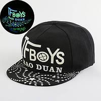 Cветящаяся  черная кепка TF Boys