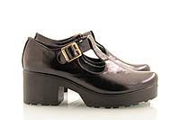 Лакированные кожаные черные туфли на толстой подошве