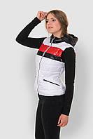 Женская спортивная жилетка из водоотталкивающей ткани на синтепоне с карманами и капюшоном 9094/3, фото 1