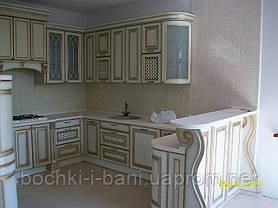 Кухонный гарнитур с фасадом из массива, фото 3
