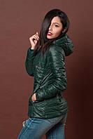 Женская молодежная демисезонная куртка. Код модели К-75-12-17. Цвет темно зеленый.