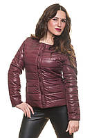 Короткая легкая женская курточка