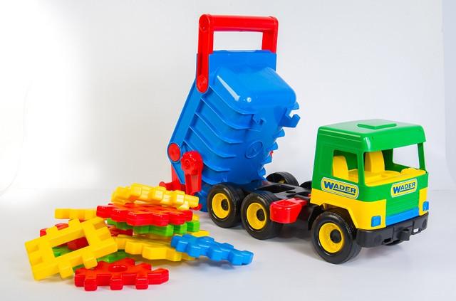 Игрушка машинка Строительный самосвал Вадер для мальчиков и девочек