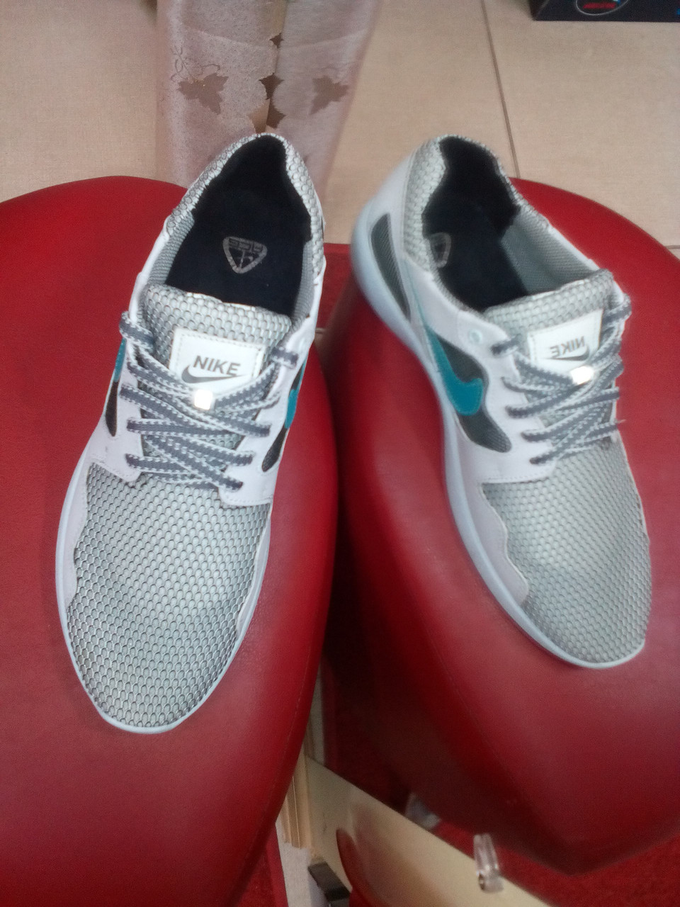 Летние мужские кроссовки белого цвета, сетка ТМ EXTREM.