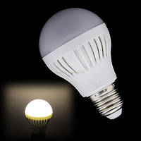 Энергосберегающая светодиодная лампочка на 7 W E27, E14