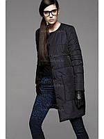 Куртка без воротника с накладными карманами и застежкой на кнопках