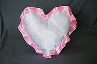 Подушка атласная сердце, рюш розовый