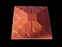 Крышки на столбы забора бетонные «ЛУСКА» 450х450 мм.цвет красный, вес 31 кг.