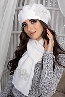 Комплект Лилии (берет и шарф) Белый