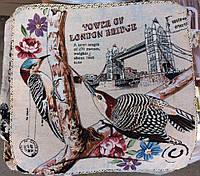 Декоративная наволочка с вышивкой птичка
