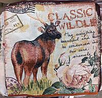 Декоративная наволочка с вышивкой олень
