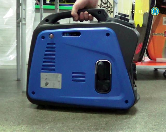 Инверторный генератора Weekender 1200i фото 3