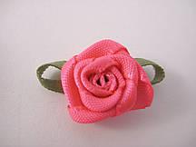 Цветок Роза розовая с листочками
